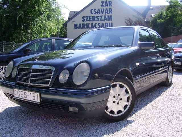Mercedes Benz E 320 Elegant